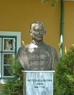 Pettko-Szandtner Tibor mellszobor